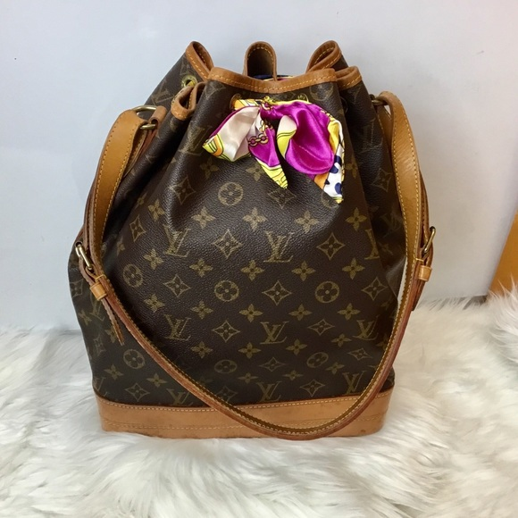 facdf6710a0d Louis Vuitton Handbags - 100% Authentic Louis Vuitton Noe GM with Twilly